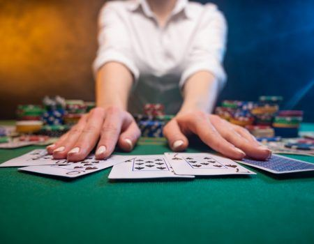 Different Categories of Games Offered by Online Casinos