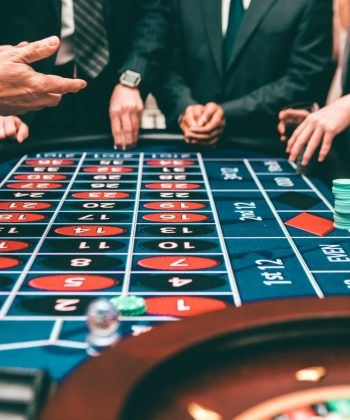 Play Online Casino Games For Fun and Win Huge
